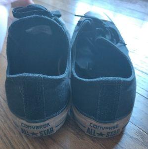 Converse Shoes - Low cut Converse Chuck Taylor's